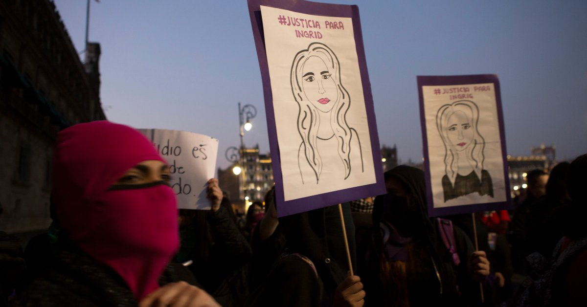 Mexican Activists Protest After Gruesome Killing of Woman, Publication of 'Horrific' Crime Scene Photos