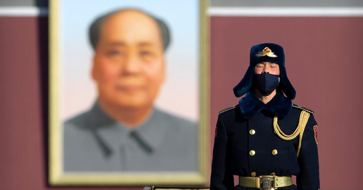 Китай изгонит американских журналистов после того, как США ограничат контролируемые им СМИ thumbnail