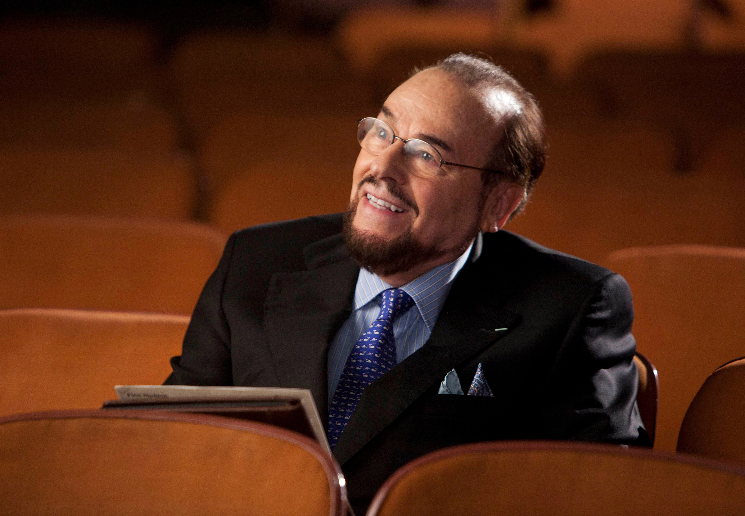James Lipton guest-stars as himself in the  Goodbye  season finale episode of GLEE airing May 22, 2012