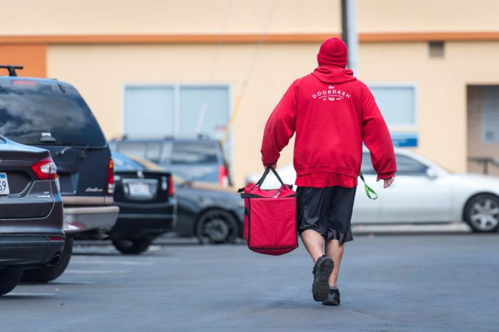 DoorDash Kitchens Opens First Shared Food-Delivery Company Kitchen