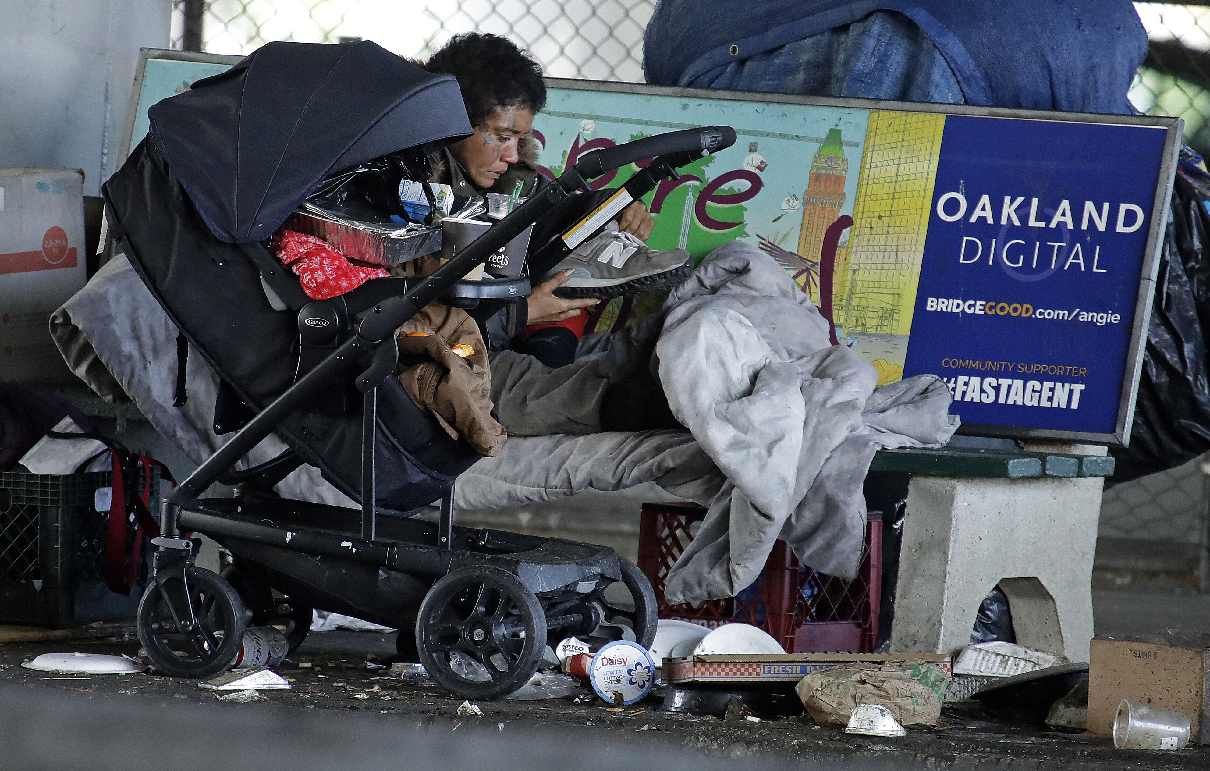 60,000 homeless could get virus, says California governor