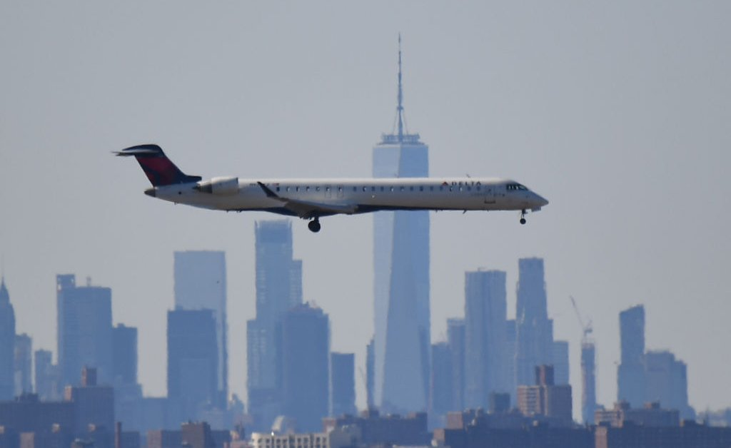 new york city philadelphia departing flights suspended jpg?quality=85&w=1024&h=628&crop=1.'