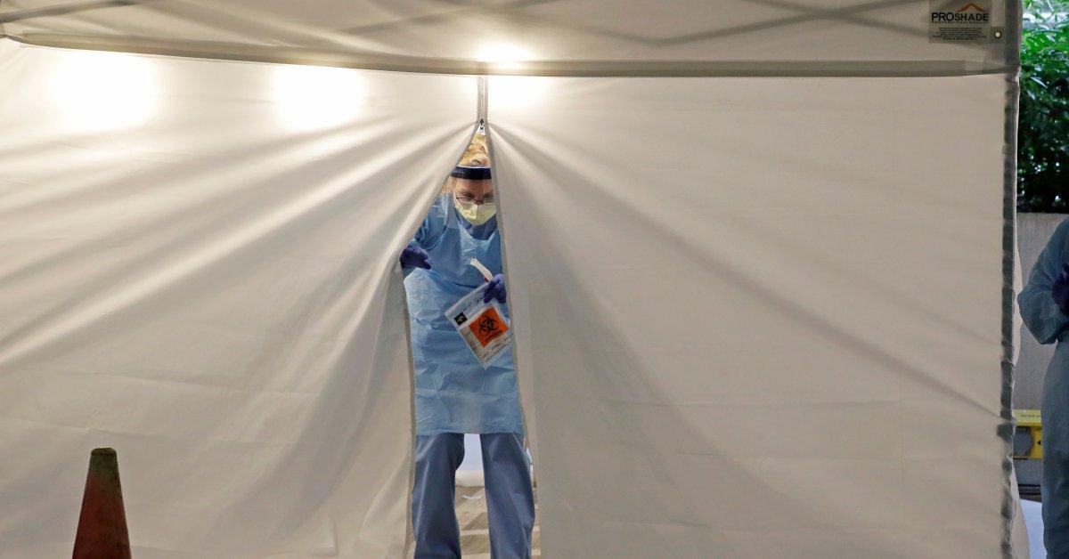 Больницы в США все больше обеспокоены ростом заболеваемости COVID-19 thumbnail