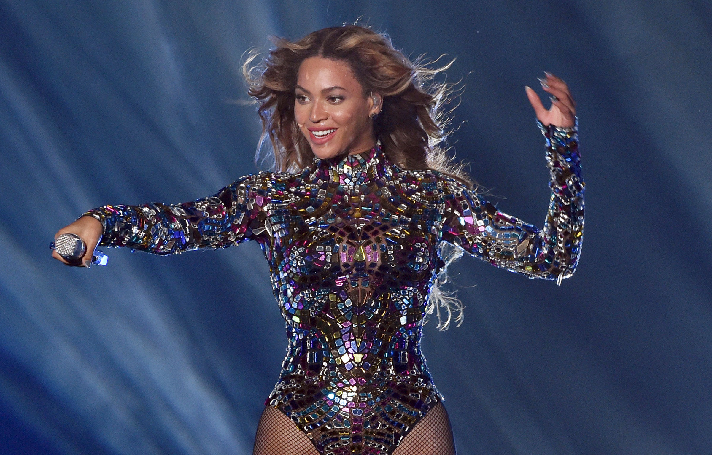 Knowles-Carter performs at the 2014 MTV Video Music Awards.