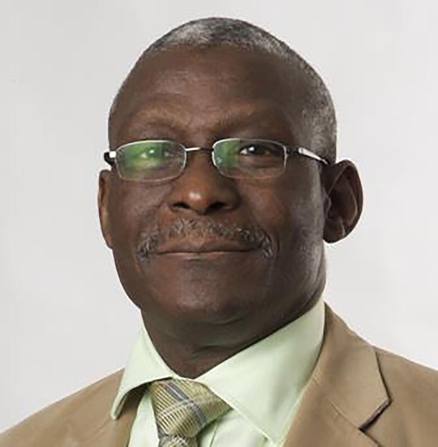 Dr. Alfa Saadu