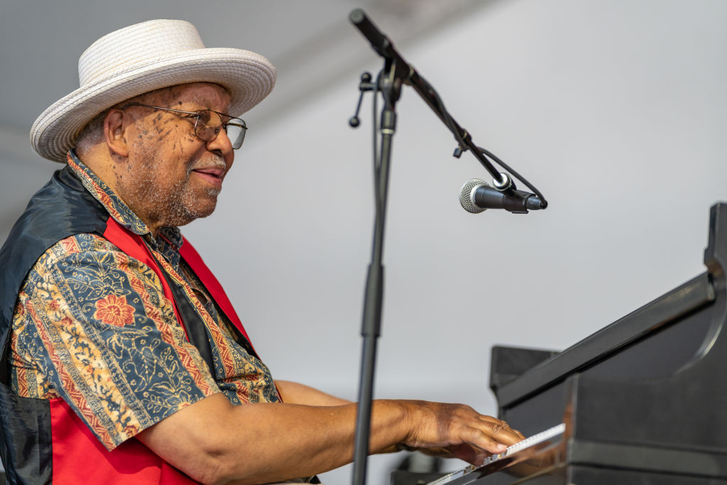 Ellis Marsalis performs during the 2018 New Orleans Jazz & Heritage Festival at Fair Grounds Race Course on May 6, 2018 in New Orleans, La.