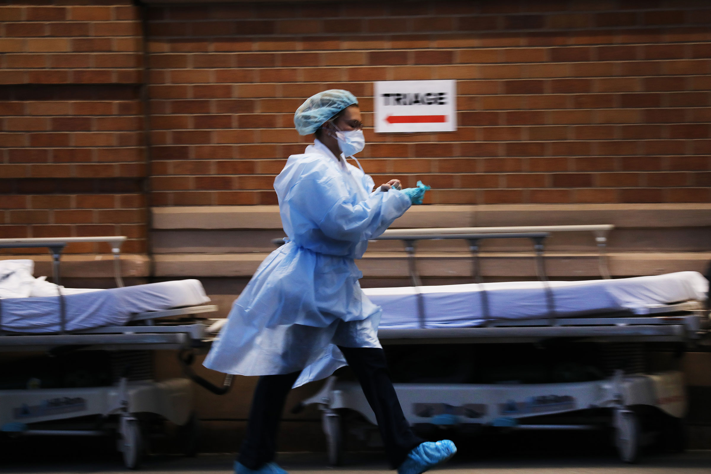 Medical workers wait for patients at a special coronavirus intake area at Maimonides Medical Center in the Borough Park section of Brooklyn which has seen an upsurge of coronavirus patients on April 02, 2020 in New York City.