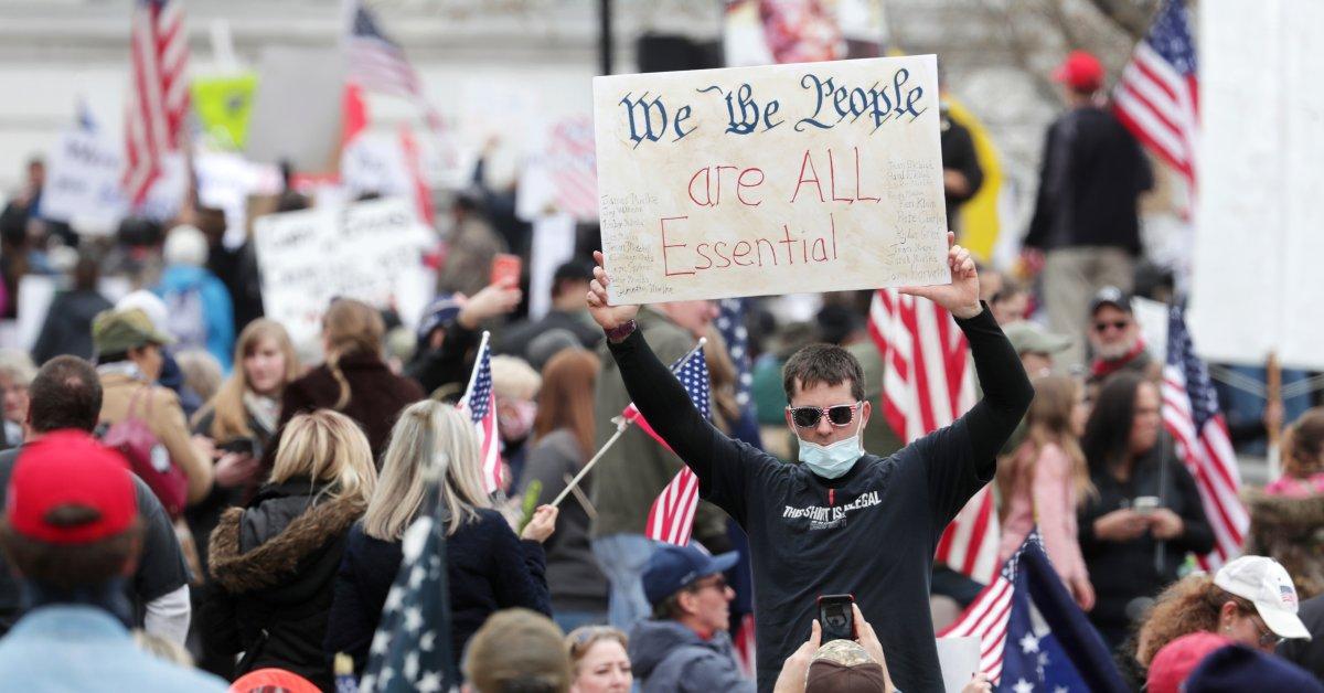 Республиканская партия власти добивается контроля над губернаторами-демократами в ответ на коронавирус thumbnail