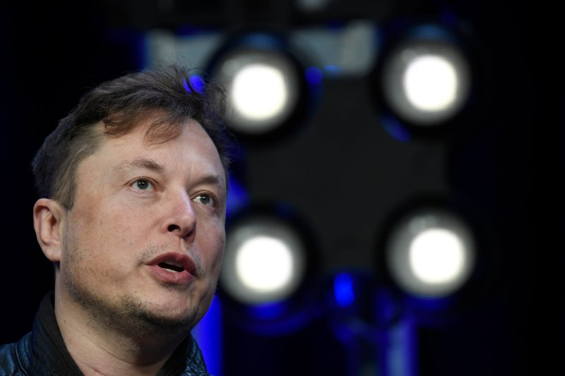 Elon Musk Threatens to Pull Tesla Out of California Over Coronavirus Restrictions
