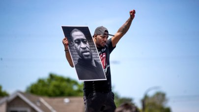 The third day of mourning and protesting and looting after the death of George Floyd in police custody