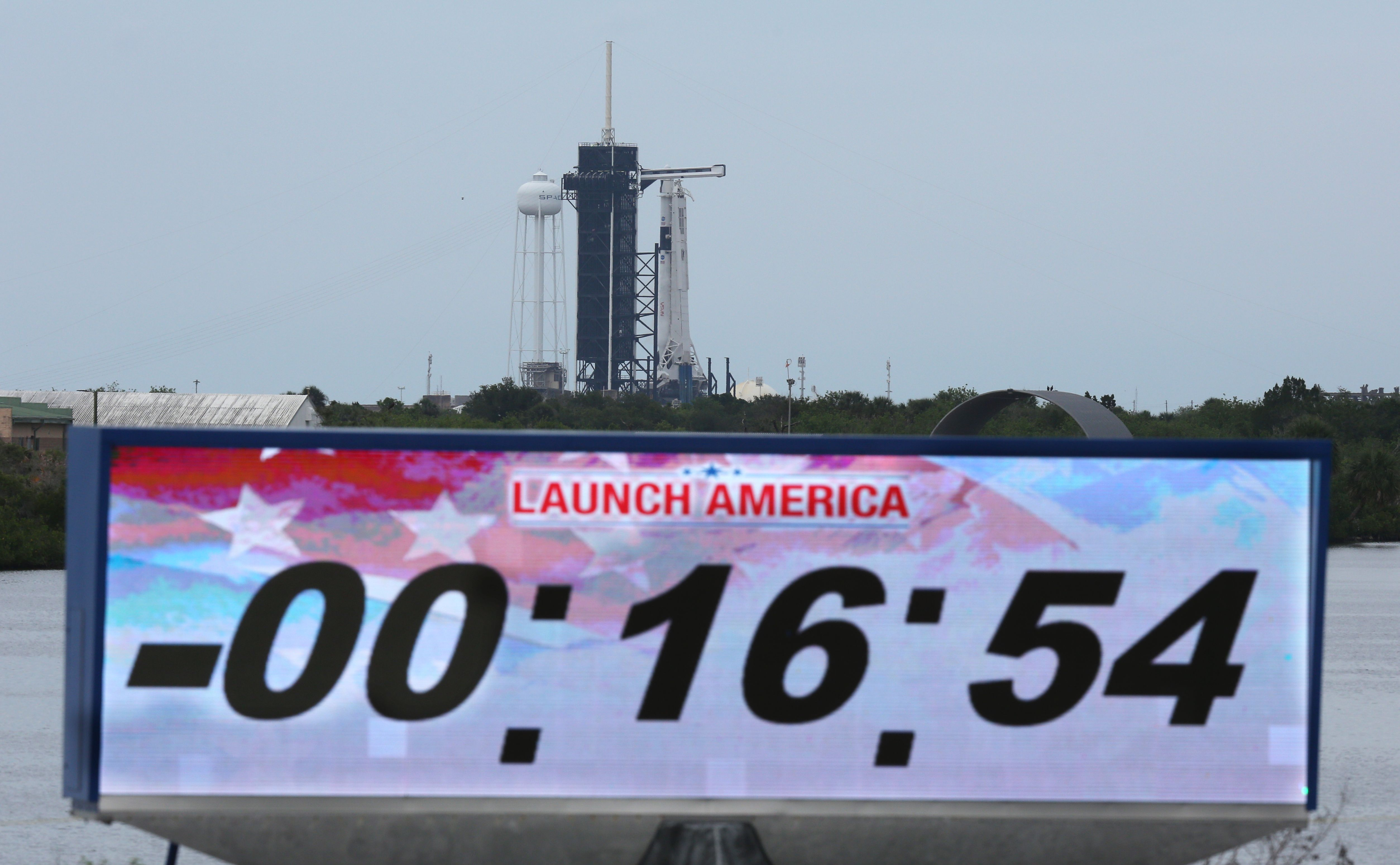 Countdown clock is stopped after the launch of the SpaceX Falcon 9 rocket carrying the Crew Dragon spacecraft was scrubbed at Kennedy Space Center in Florida on May 27, 2020.
