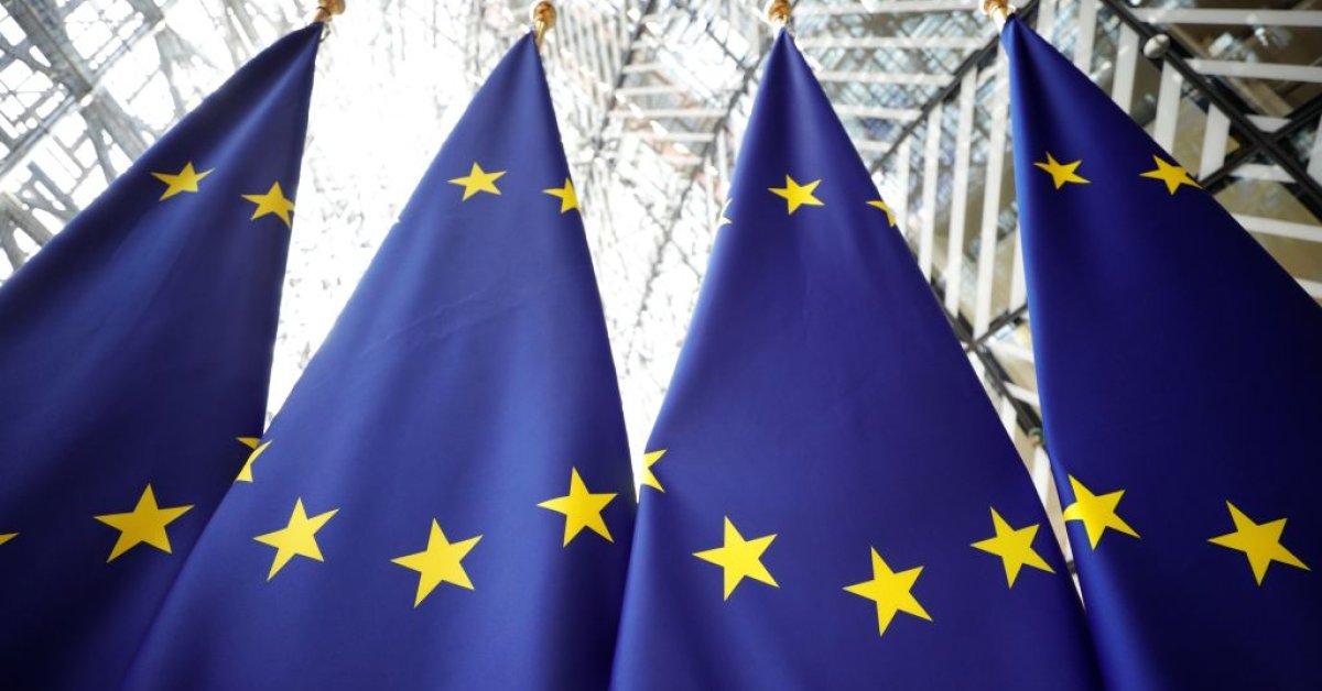 Прогнозы ЕС «Спад исторических пропорций» в этом году thumbnail
