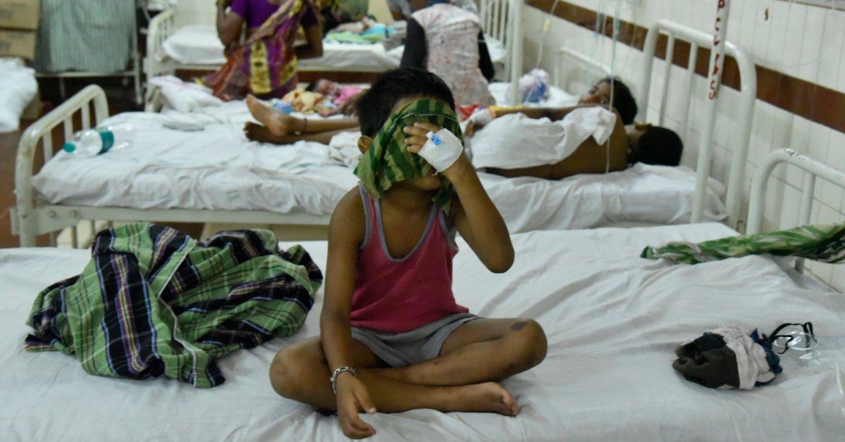 Индийские фабричные операторы обвиняются в убийстве после смерти от утечки химического газа thumbnail