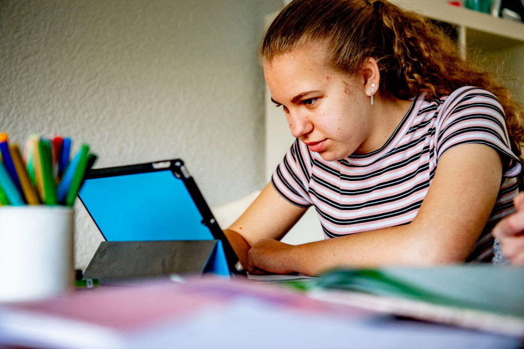 The Dutch government has order all schools to be closed until further notice in attempt to control the spread of the COVID-19 Coronavirus. Students are to be home schooled with digital means such as laptops, digital tablets or mobile phones.
