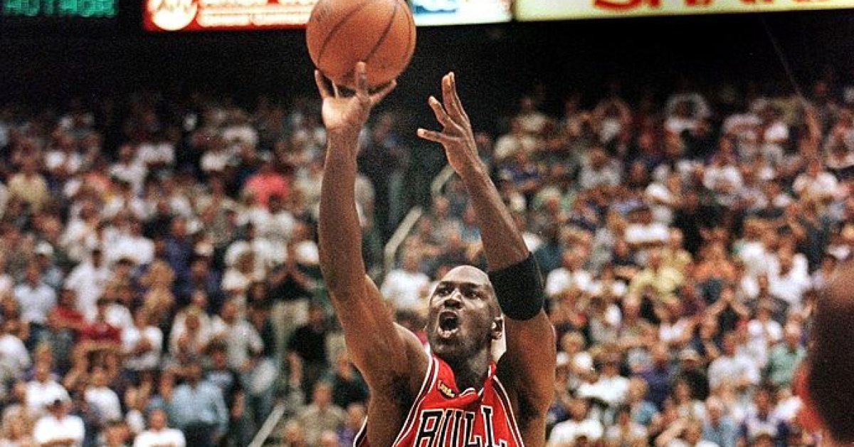How Michael Jordan and The Last Dance Spoke to a Nation Desperately Missing Sports thumbnail