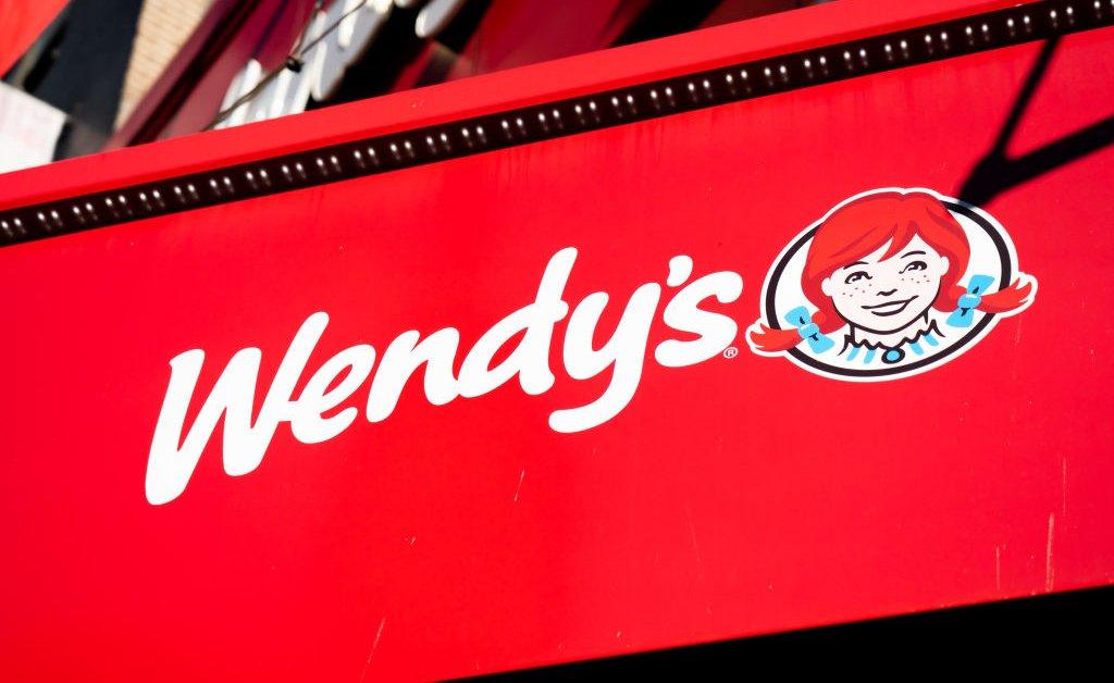 Нехватка мяса в США оставляет некоторых венди без гамбургеров thumbnail