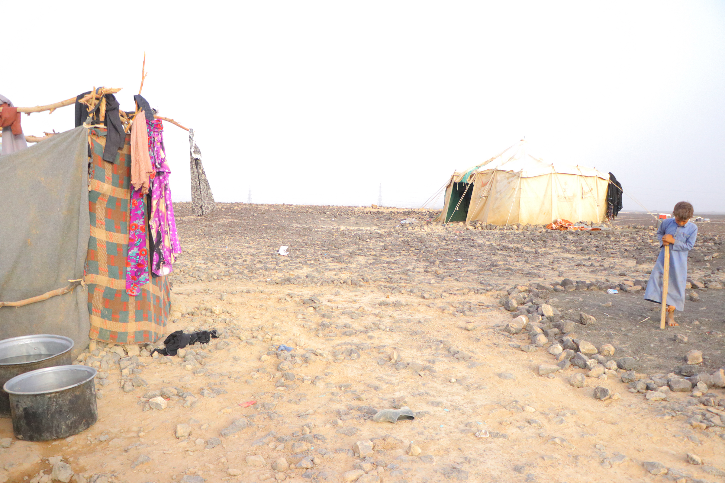 Al-Swaidah displacement camp in Yemen, though there is nothing to mark it as such: no running water, no toilets, no electricity. It is home for around 500 displaced families from Marib and Nihm.