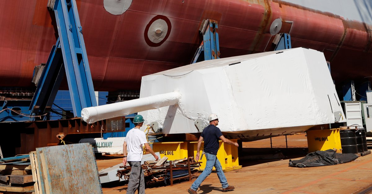 Production Workers in Maine Vote to Strike Against Major Navy Shipbuilder thumbnail