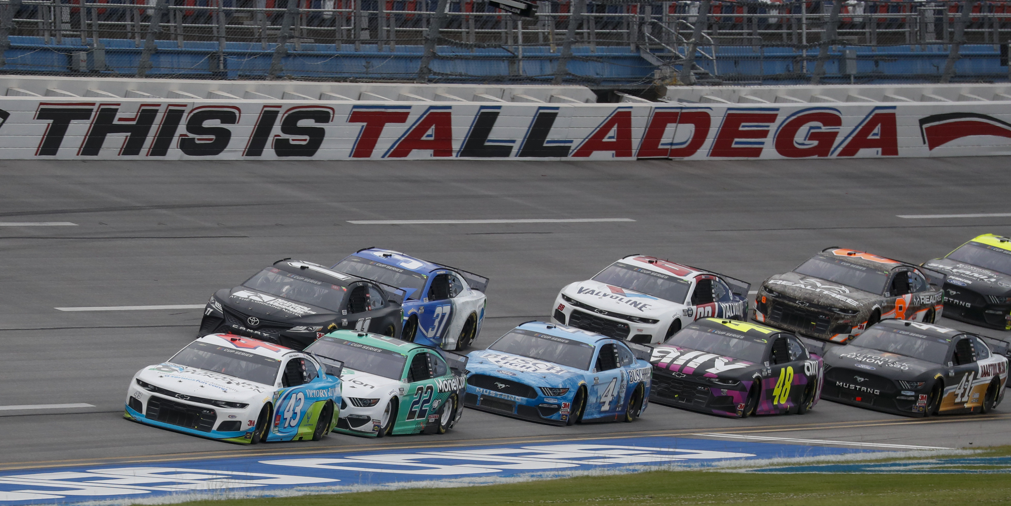 Monster Energy NASCAR Cup Series driver Bubba Wallace (43) leads the pack during a NASCAR Cup Series auto race at Talladega Superspeedway in Talladega Ala., on June 22, 2020.