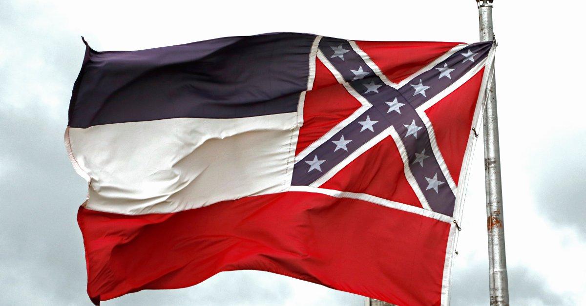 Законодатели Миссисипи могли лишить Конфедерации символ из государственного флага thumbnail
