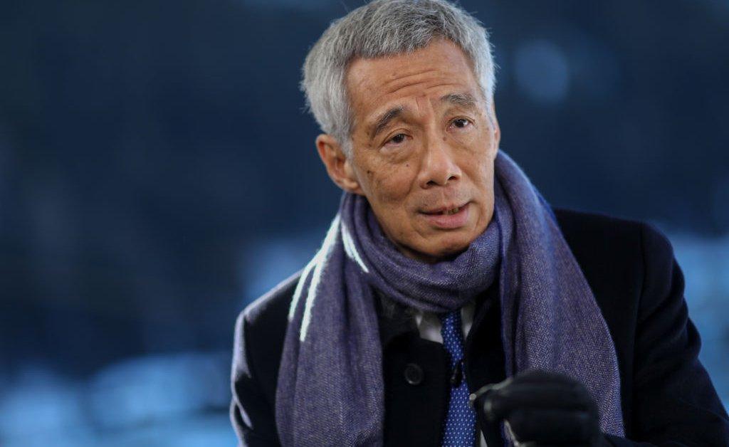 Лидер Сингапура призывает к досрочным выборам, несмотря на пандемию COVID-19 thumbnail