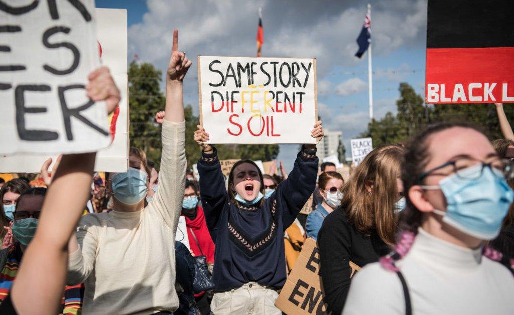 Как Джордж Флойд зажигает новое понимание в Австралии случаев смерти аборигенов в заключении thumbnail