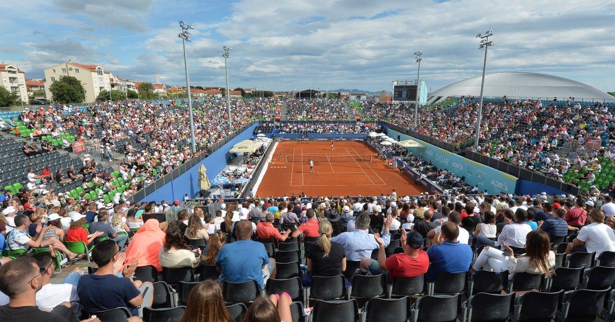Новые случаи заболевания коронавирусом связаны с теннисным турниром в Хорватии после нескольких положительных результатов thumbnail