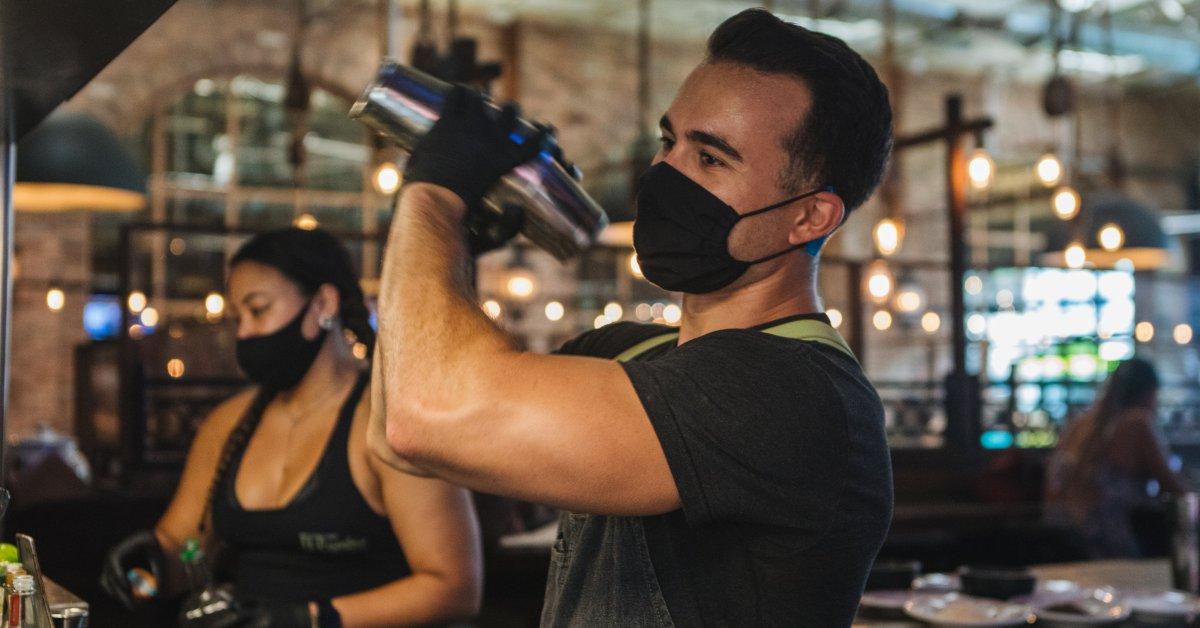 Florida Bans Alcohol Consumption at Bars Following Record Number of Coronavirus Cases thumbnail