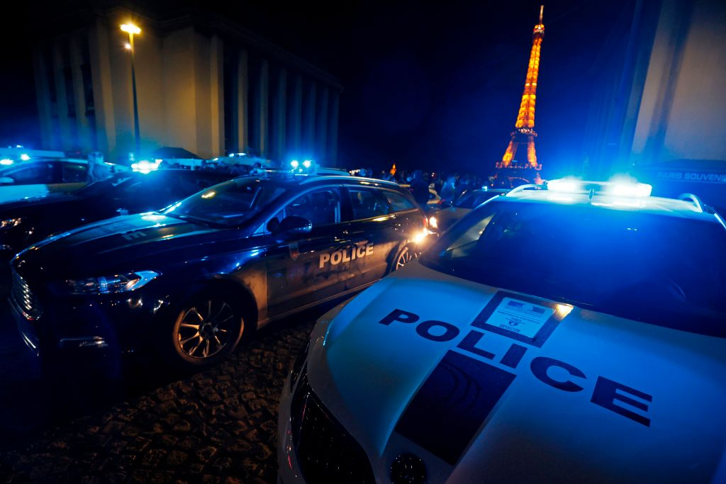 French police officers protest at Trocadero square in front of the eiffel tower in Paris on June 14, 2020, in reaction to the French Interior Minister's latests announcements following demonstrations against police violence.