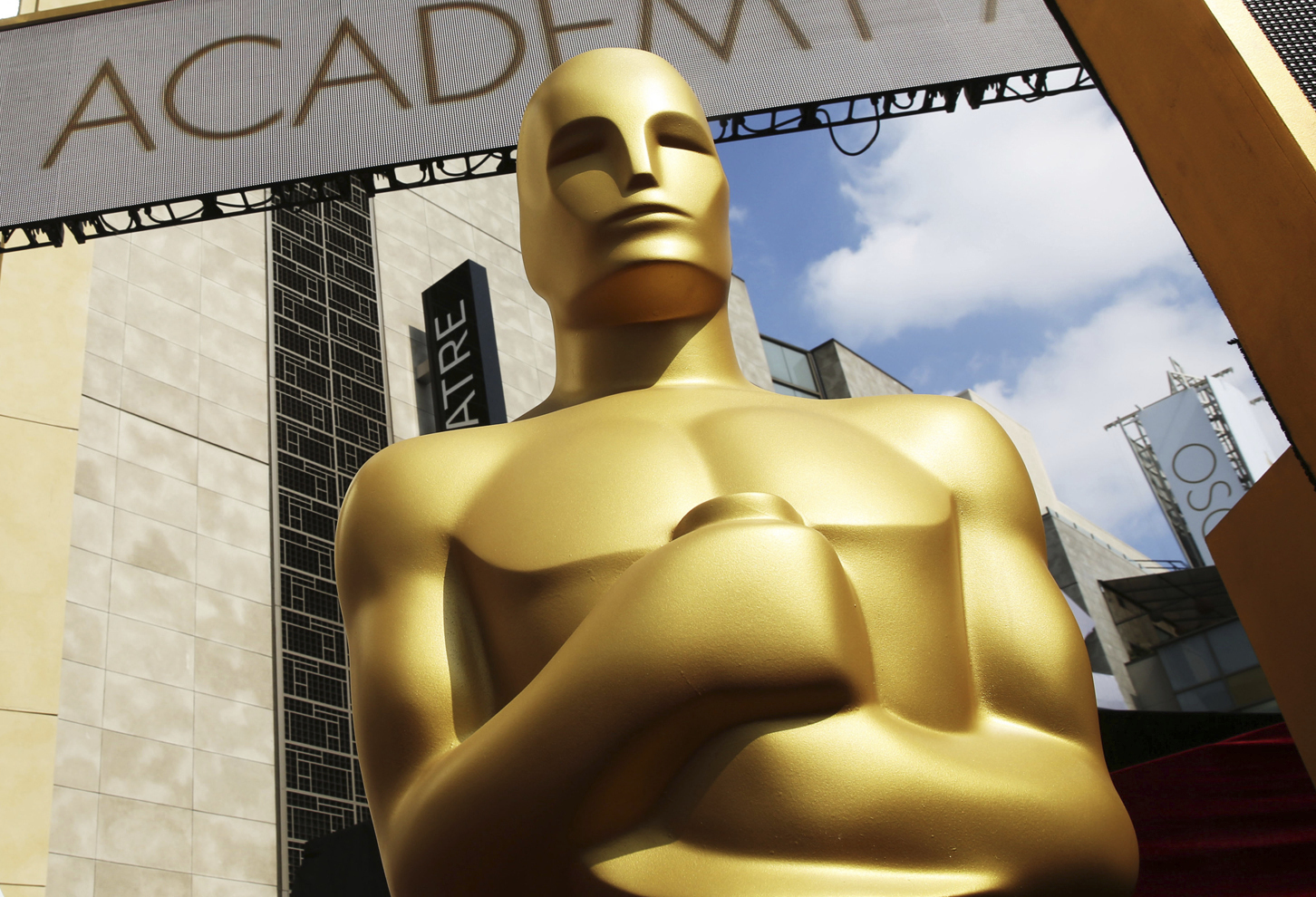 An Oscar statue appears outside the Dolby Theatre for the 87th Academy Awards in Los Angeles on Feb. 21, 2015 .