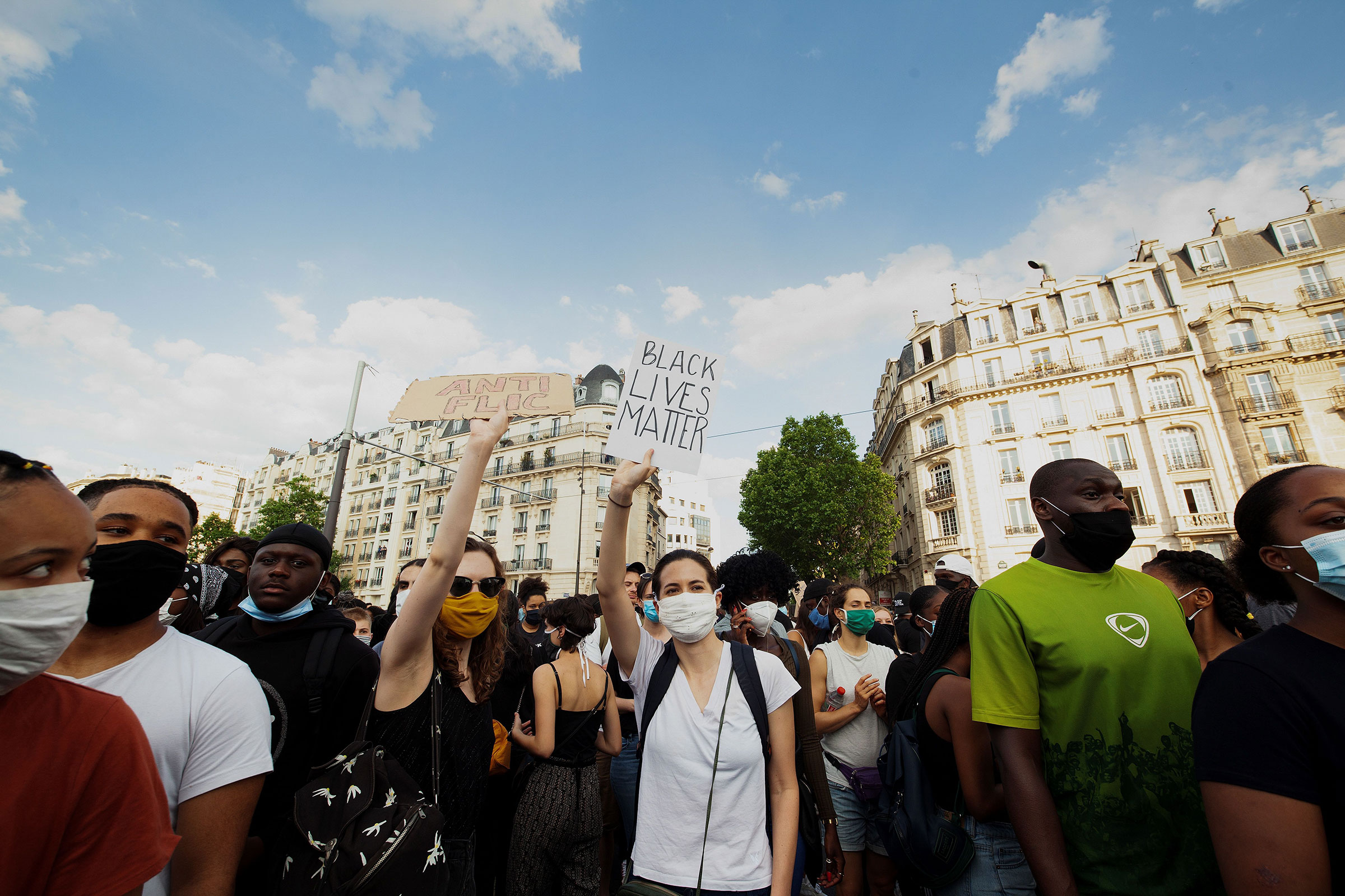 Protesters demonstrate in front of Paris courthouse against police violence on June 2, 2020.