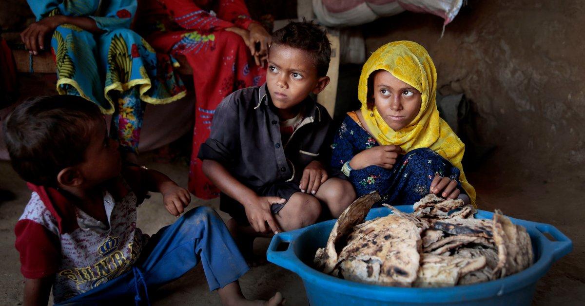 ЮНИСЕФ заявляет, что миллионы йеменских детей могут умереть от пандемии коронавируса thumbnail