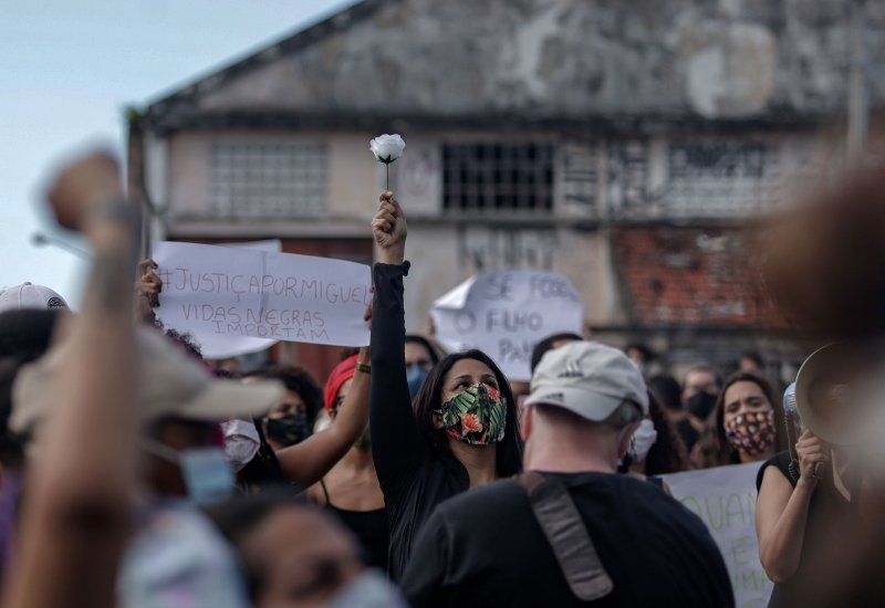 People demonstrate and demand justice for the death of five-year-old Miguel Otavio Santana da Silva, in Recife, Pernambuco State, northeastern Brazil, on June 5, 2020.