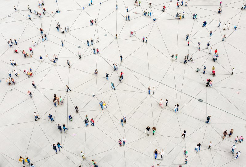 Precisamos mudar a forma como compartilhamos nossos dados pessoais on-line na era da COVID-19