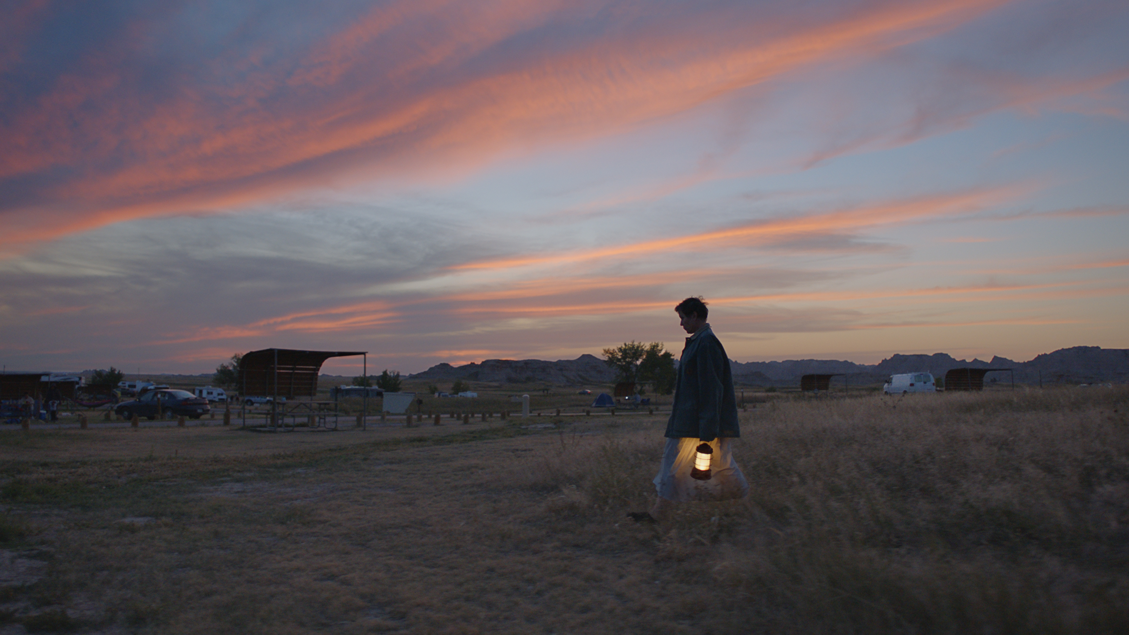 McDormand is houseless but not homeless in 'Nomadland'