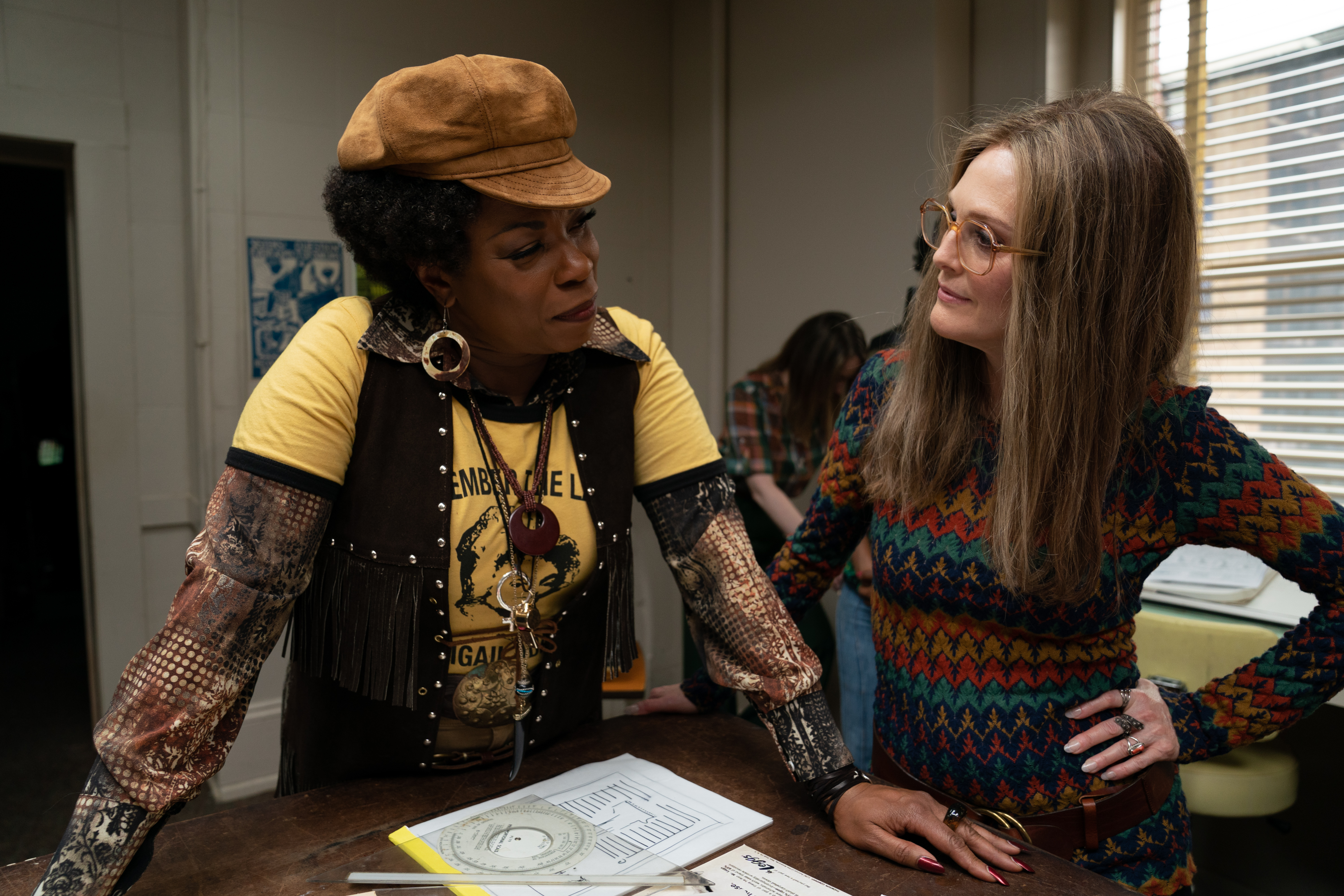 Lorraine Toussaint as Florynce Kennedy and Julianne Moore as Gloria Steinem in 'The Glorias'