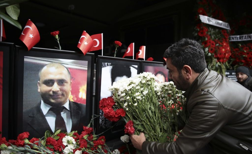Turkey Gives IS Militant 40 Life Sentences for 2017 Nightclub Attack thumbnail