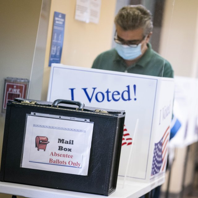 Absentee Ballot Apps Inaccessible to Voters with Disabilities