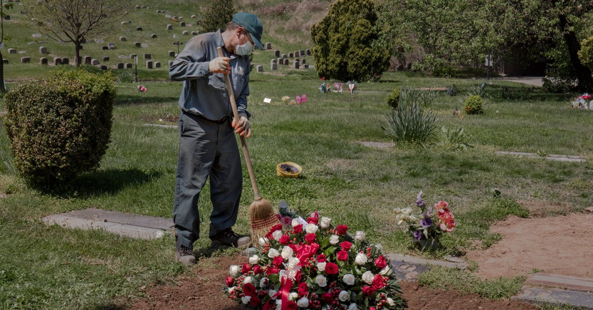 Tragic Math: The U.S. Exceeds 200,000 COVID-19 Deaths