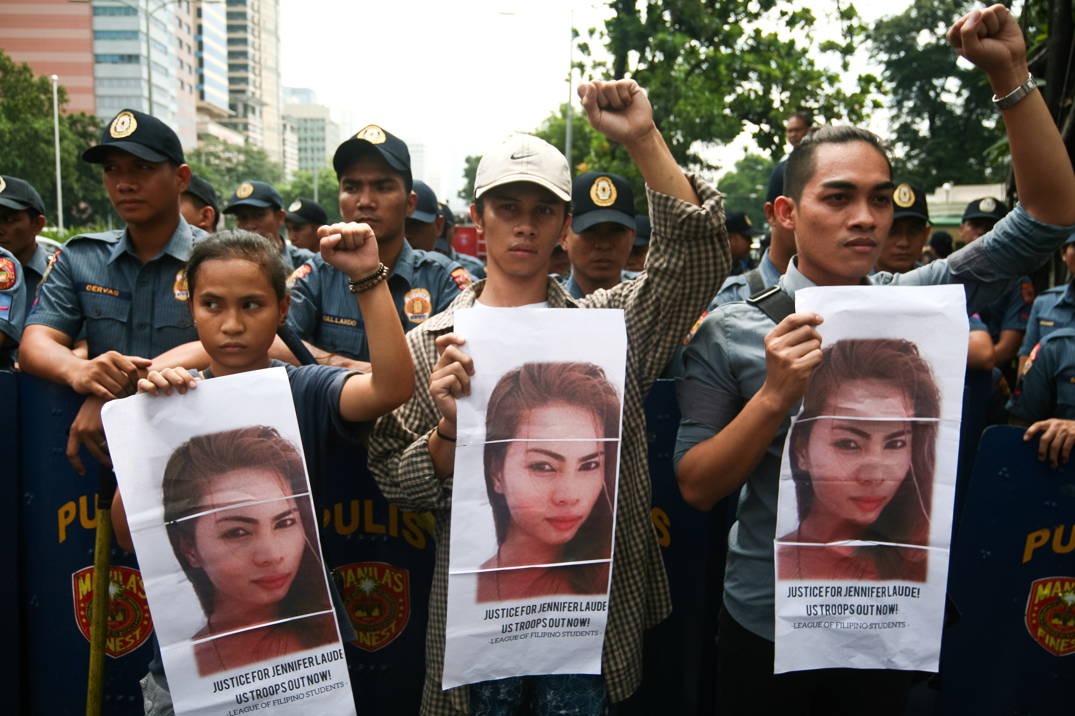 Members of the League of Filipino Students protest frustrations in front of the U.S. embassy in Manila over the treatment of the convicted killer of Jennifer Laude on Oct. 11, 2016.