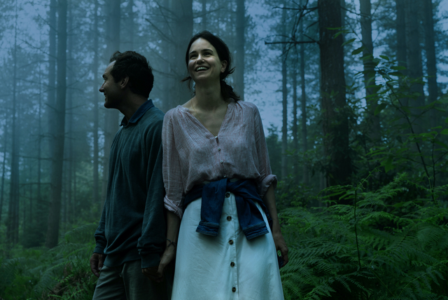 Jude Law and Katherine Waterston in 'The Third Day'