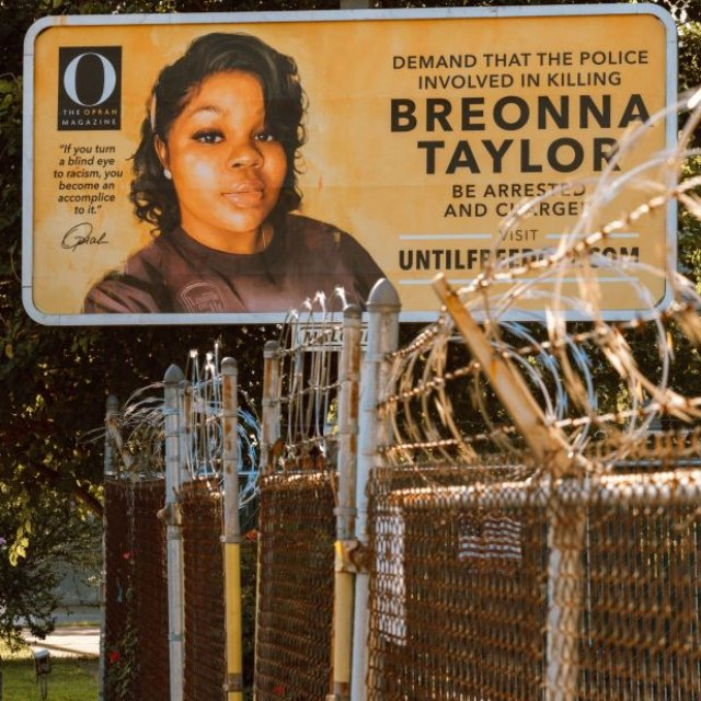 Jury Wasn't Given Option to Charge for Breonna's Death