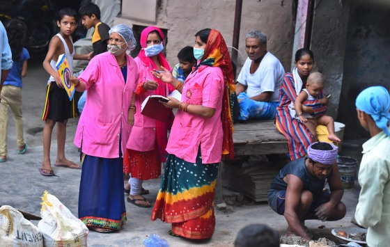 Asha Health Workers Do Door To Door Survey To Identify Covid-19 Cases In Delhi
