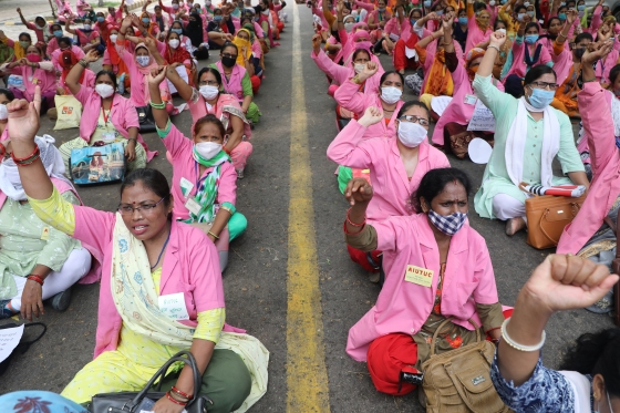 Indias Army of 600,000 Virus-Hunting Women Goes on Strike