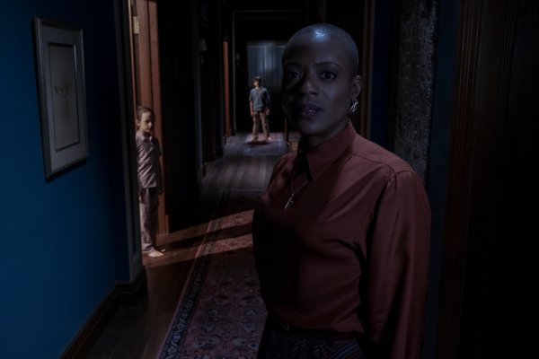 Review In The Haunting Of Bly Manor The Ghost Is Inequality Time