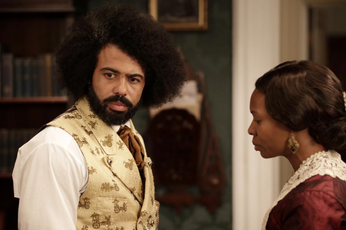 Daveed Diggs as Frederick Douglass and Tamberla Perry as Anna Douglass
