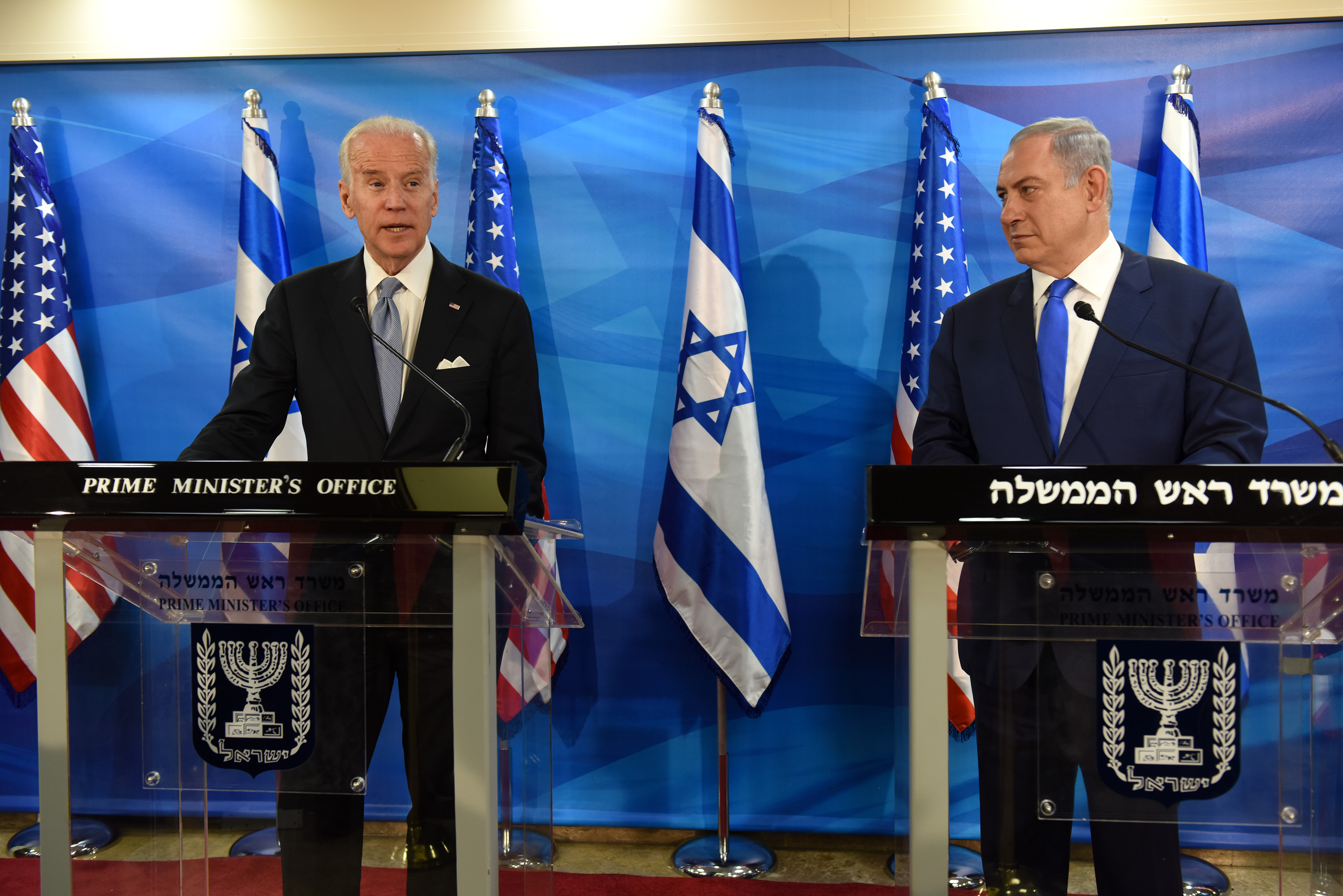 US Vice President Joe Biden and Israeli Prime Minister Benjamin Netanyahu give joint statements to press in the prime minister's office in Jerusalem on March 9, 2016.
