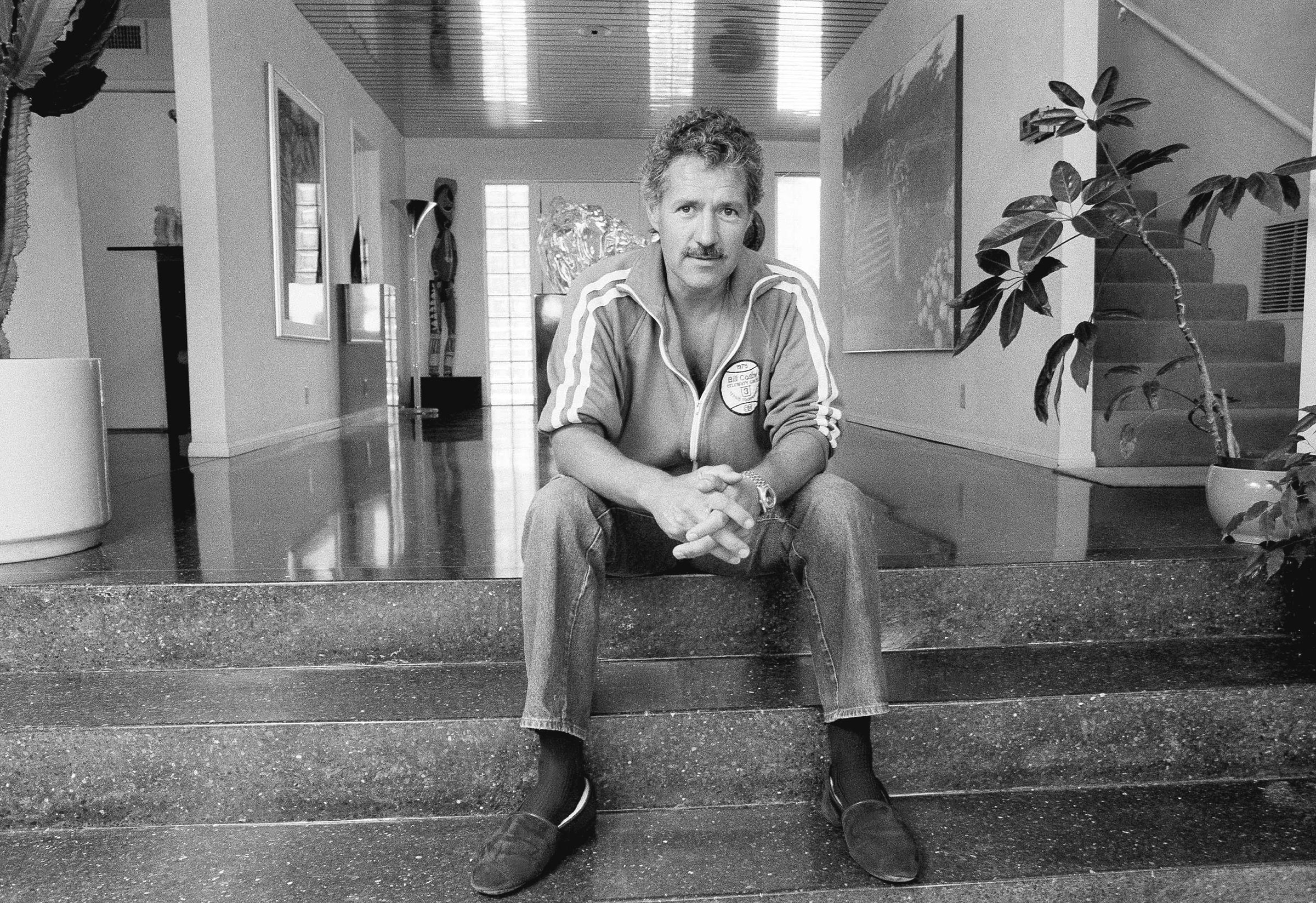 Alex Trebek in his Los Angeles home on Aug. 3, 1988.
