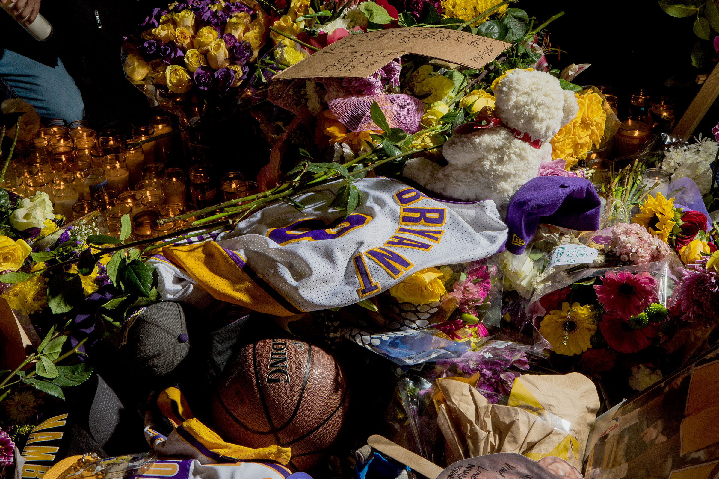 Hundreds of fans gathered near Staples Center in Los Angeles to mourn the death of Kobe Bryant, who died in a January helicopter crash in Calabasas, along with eight others, including his daughter Gianna, 13.