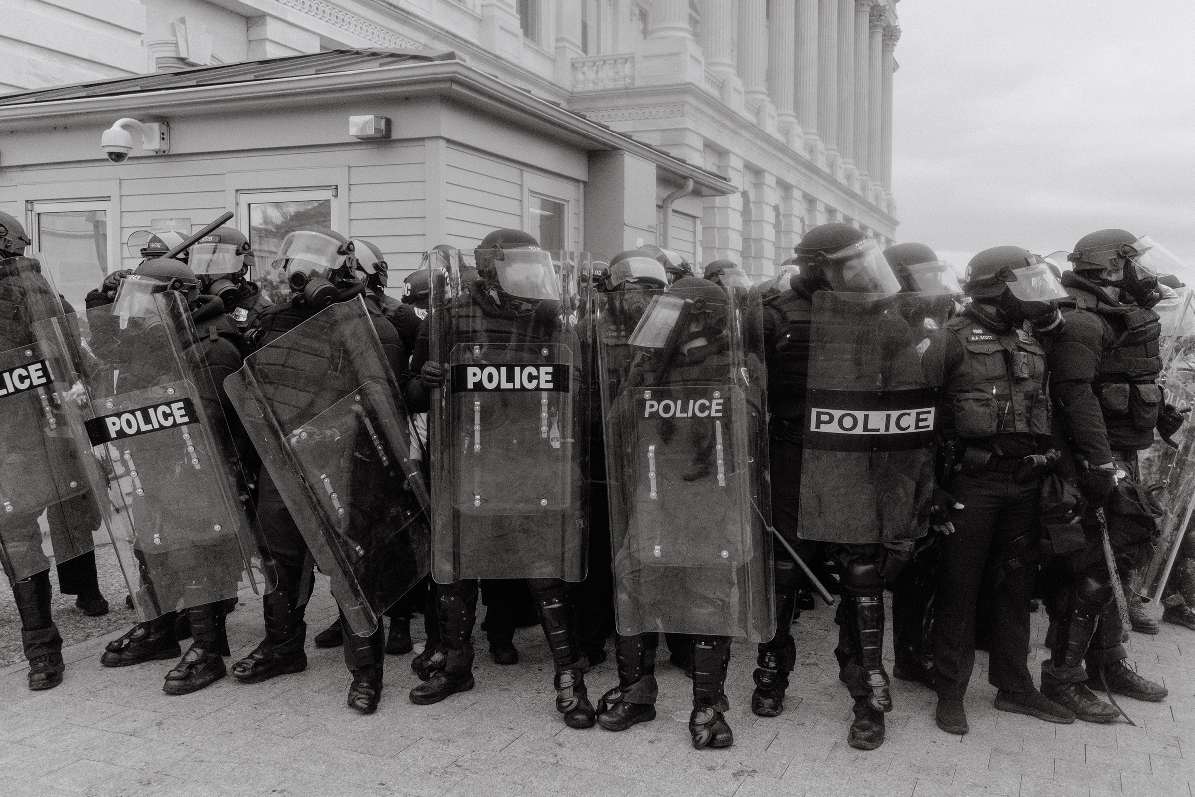 U.S. Capitol Police outside of the Capitol Building in Washington on Jan. 6, 2021.